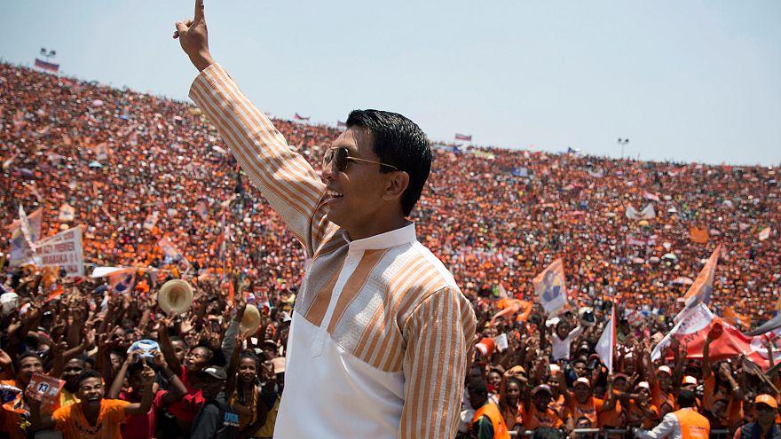Madagaskar'da cumhurbaşkanı seçiminin galibi Rajoelina
