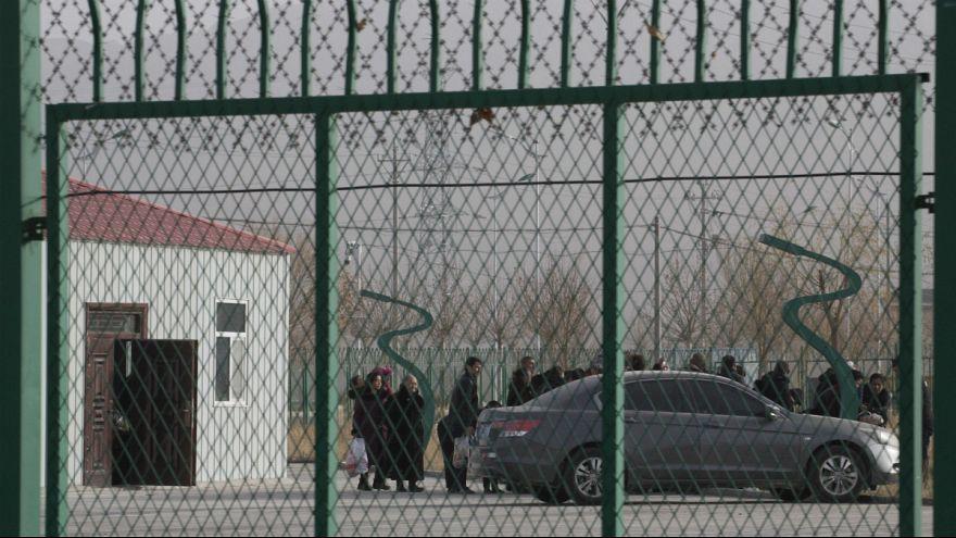 چین؛ سرکوب اقلیت های دینی و نژادی در اردوگاه های بازپروری ادامه دارد