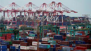 الصين تنوي فرض رسوم إغراق على واردات كيميائية من تايوان وماليزيا وأمريكا