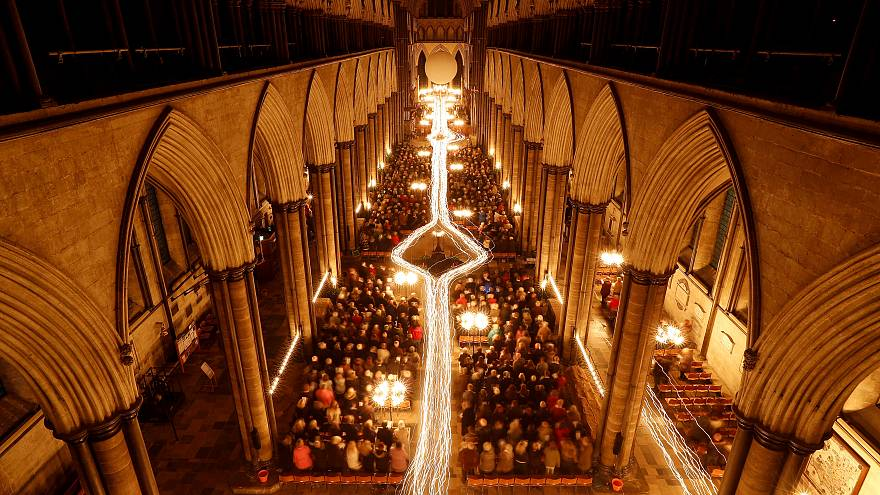 Salisbury Cathedral celebrates Advent with a candle-lit service