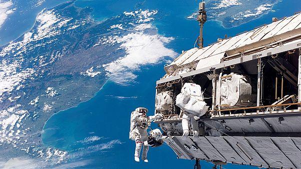 العمل في الفضاء ورغم الإشعاعات لا يقصر العمر