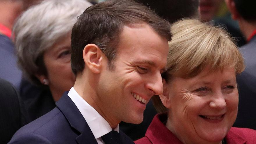 Merkel ve Macron: Ukrayna'daki 'yeni yıl ateşkesi' devamlı olsun