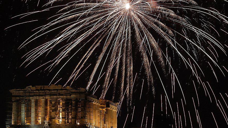 Sigue en directo los fuegos artificiales que dan la bienvenida al 2019 en todo el mundo