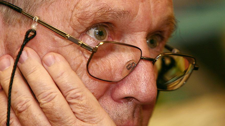 Amos Oz in 2006 at the Russian PEN centre in Moscow