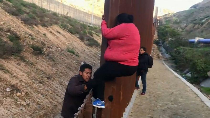 Трамп пригрозил закрыть границу с Мексикой