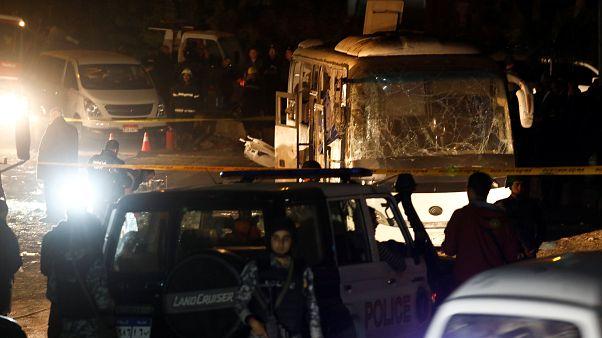 Mısır'da turist otobüsüne saldırının ardından operasyon: 40 kişi öldürüldü