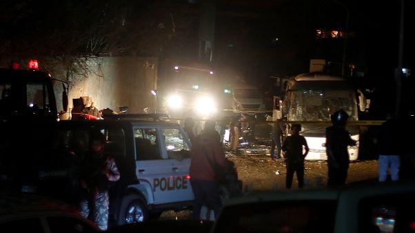 Anschlag gegen Touristenbus bei Gizeh: Mindestens 4 Tote