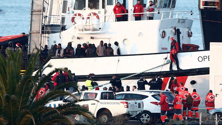 نجات ۳۰۸ پناهجوی سرگردان در مدیترانه؛ اسپانیا مقصد نهایی پناهجویان غیرقانونی