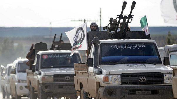 کاروان شورشیان تحت حمایت ترکیه در راه منبج