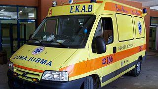 Τροχαίο με σχολικό στη Βούλα- Τραυματίστηκαν παιδιά