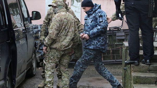 الكرملين: سنتعامل مع البحارة الأوكرانيين وفقا للقانون الروسي