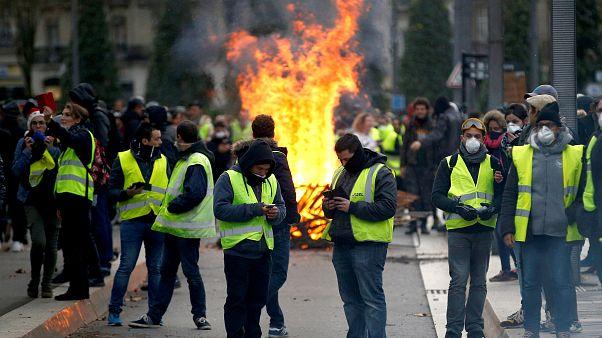 Fransa'da Sarı Yelekliler eylemlerinde 7. hafta: Göstericilerin sayısı azaldı