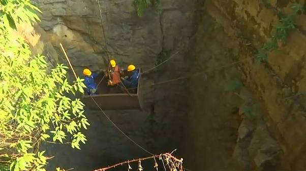 India steps up efforts to rescue trapped miners