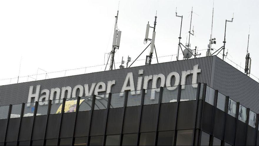 تعلیق پروازها در فرودگاه هانوفر آلمان