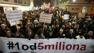 Демонстрация против Вучича и пенсионной реформы