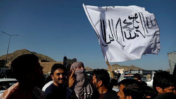طالبان بار دیگر با حضور نمایندۀ غنی در گفتگوهای صلح آمریکا مخالفت کرد