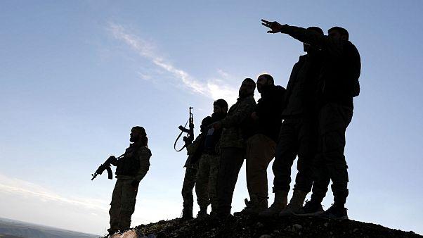 نیروهای سوری تحت حمایت ترکیه در نزدیکی منبج سوریه