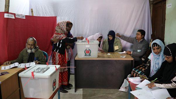 انسحاب 40 من مرشحي المعارضة من انتخابات بنغلاديش والشيخة حسينة واثقة من فوزها