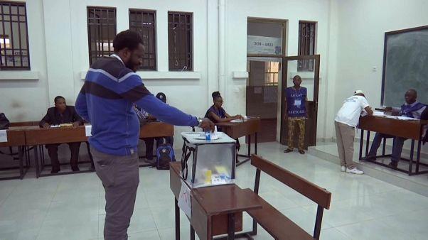 شاهد: فتح مراكز الاقتراع بشرق الكونغو في انتخابات رئاسية طال تأجيلها
