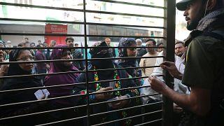 Парламентские выборы в Бангладеш привели к жертвам