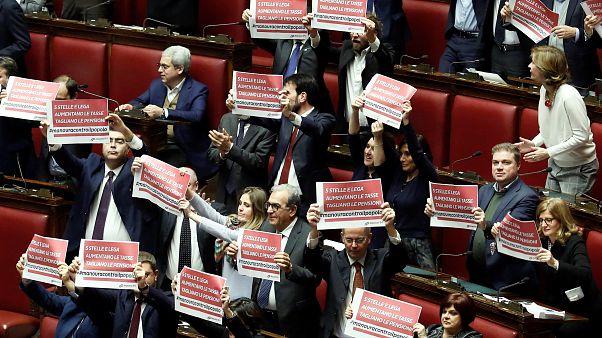 İtalya, AB ile yaşanan krizin ardından revize edilen bütçeyi onayladı