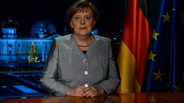 Neujahrsansprache: Merkel sucht nach globalen Lösungen