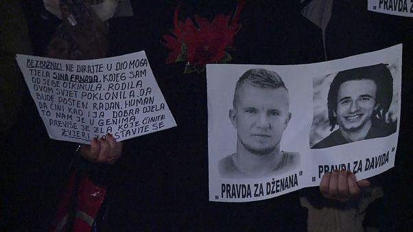إحتجاجات في البوسنة تطالب باستقالة وزير الداخلية بعد مقتل طالب