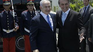 Una multitud de turistas frustran la visita de Netanyahu al icónico Cristo de Río