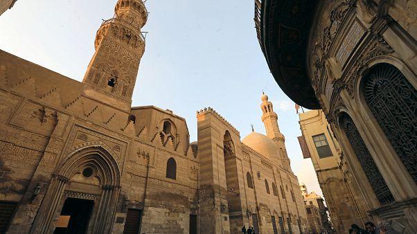مصر: زلزال بقوة 4 درجات قرب القاهرة دون وقوع خسائر