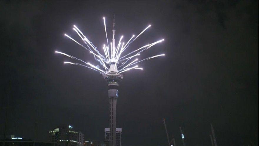 Frühstart in 2019: Sky Tower Spektakel in Auckland