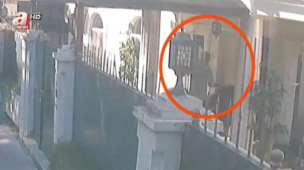 تلفزيون تركي ينشر فيديو لما يقول إنه نقل جثة خاشقجي من القنصلية