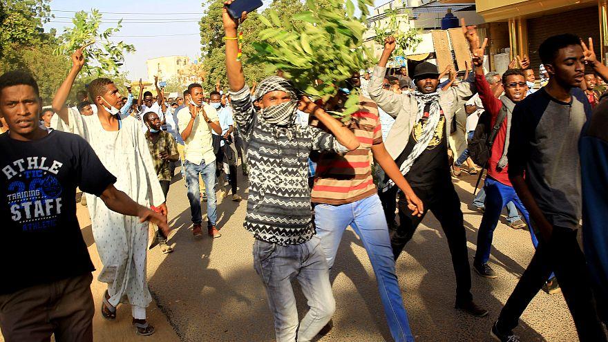 Khartum: Ausschreitungen am 12. Tag in Folge