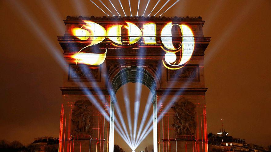 شاهد: عواصم أوروبية تحتفل بحلول العام الجديد 2019