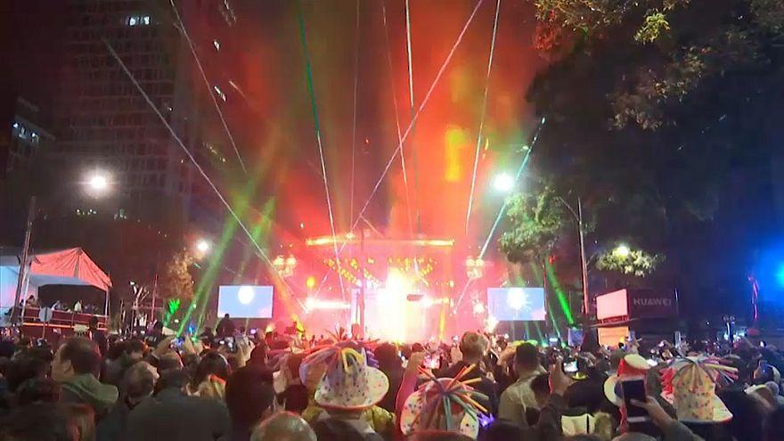 Laser substitui fogo de artifício