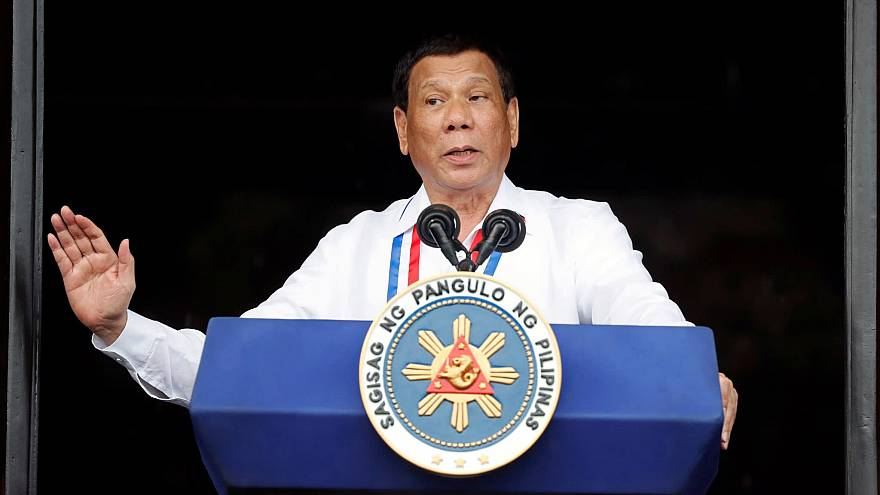 Filipinler Devlet Başkanı Duterte gençken yaptığı cinsel tacizi detaylarıyla anlattı