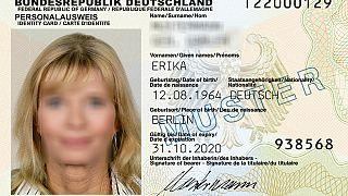 """فئة جديدة إلى جانب فئتيْ """"ذكر"""" و""""أنثى"""" في بطاقات الهوية الألمانية"""