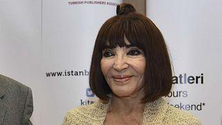 Yaşamını kaybeden Türk tiyatrosunun usta ismi Gülriz Sururi'ye sessiz veda