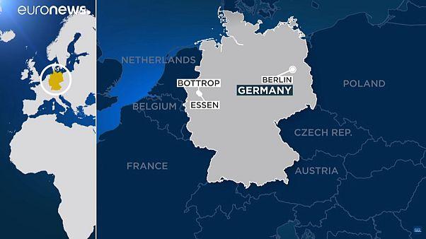 Четверо ранены в результате наезда автомобиля в Германии