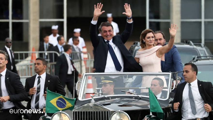 Болсанару вступил в должность президента Бразилии