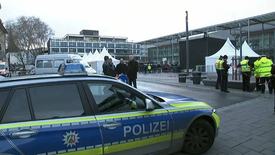 اتهام ألماني هاجم حشودا بينها عرب بسيارته بالشروع في القتل