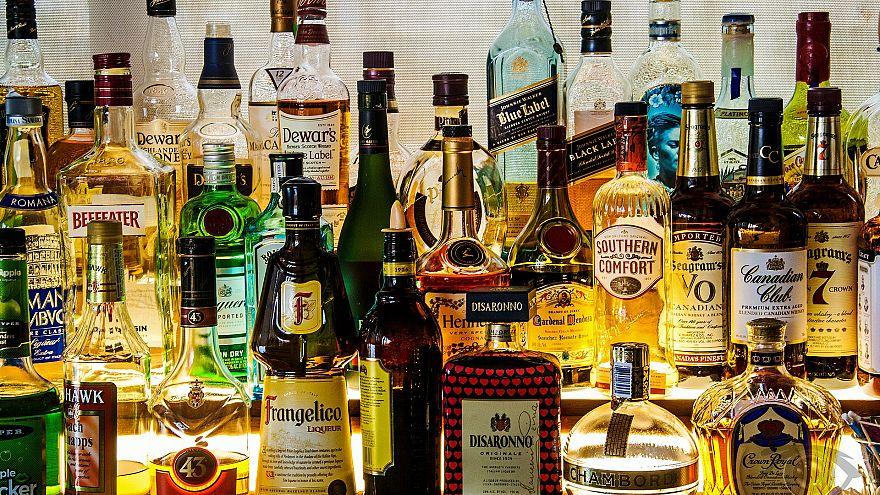إنفوغرافيك: في أي دول أوروبية تنفق الأسر مالاً أكثرَ على الكحول؟