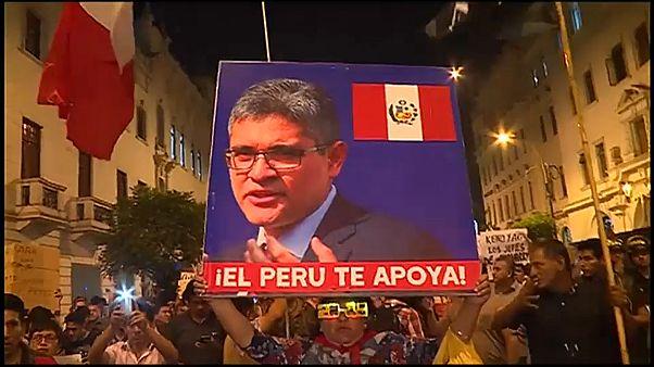"""Presidente do Perú quer """"emergência"""" no Ministério Público"""