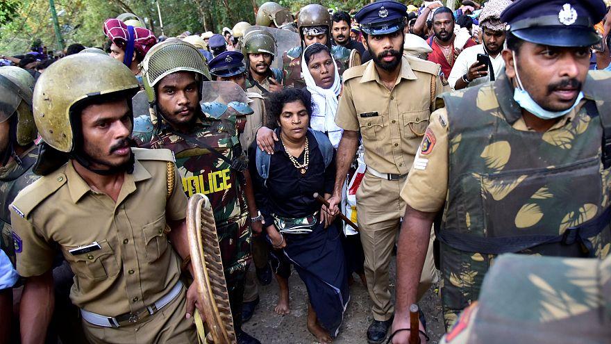 Protestas ante el continuo rechazo del Templo de Sabarimala a que entren las mujeres