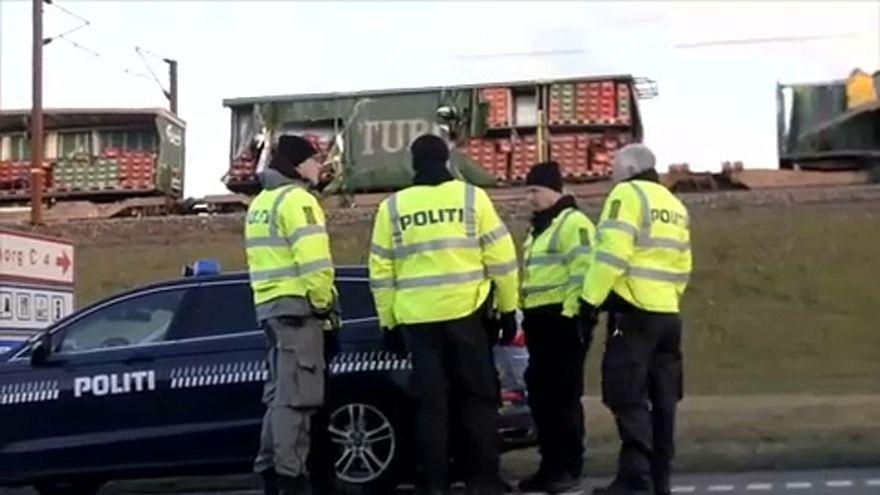 Seis mortos em acidente ferroviário na Dinamarca