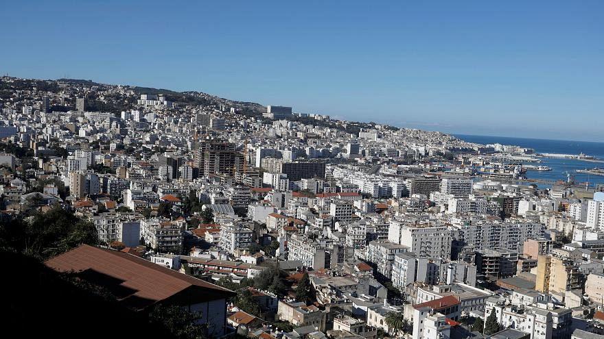 """الجزائر تغلقُ حدودها الجنوبية في وجه السوريين لأسبابٍ """"أمنية"""""""