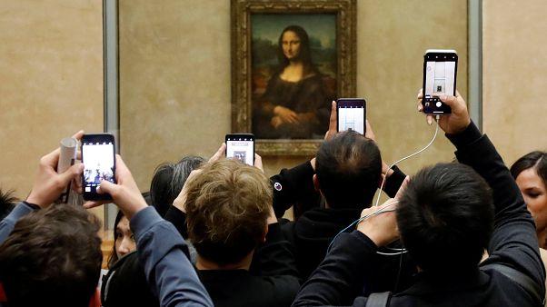 Louvre Müzesi ziyaretçi sayısında dünya rekoru kırdı