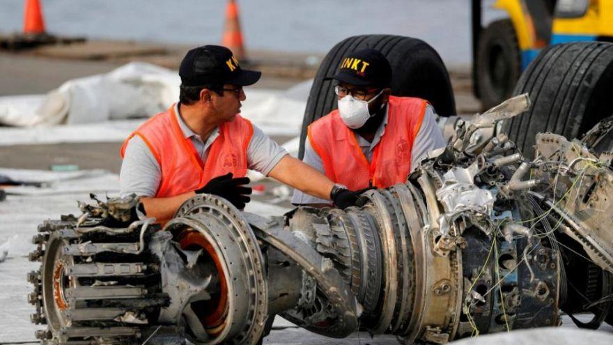 Endonezya: 189 yolcunun öldüğü uçak kazasında 2. kara kutu arama çalışmaları durduruldu