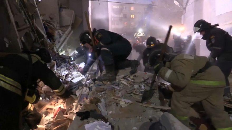 Gasexplosion in Russland: Suche nach Auslöser
