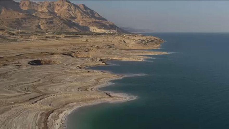علماء يحذورن من اختفاء البحر الميت في غضون عقود