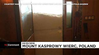 Pologne : trois météorologues piégés par la neige